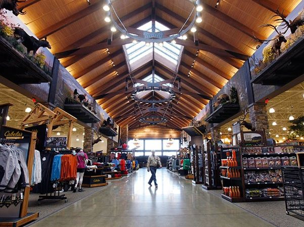 Christiana Mall presents 109,00 square foot expansion to add Cabela's