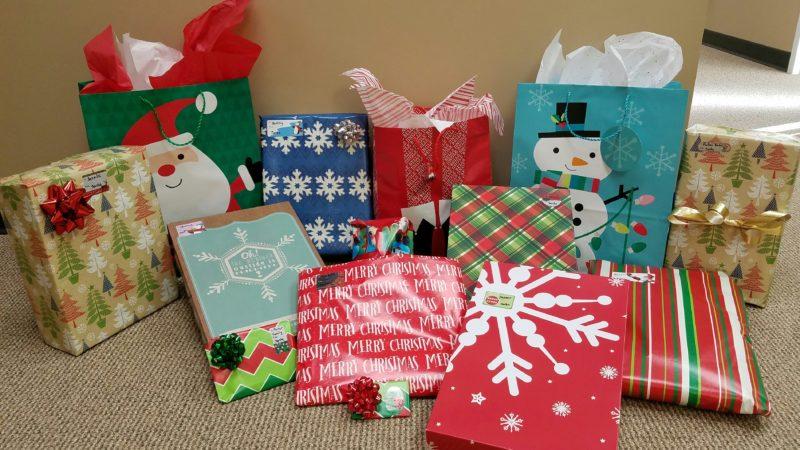 """Tarabicos Grosso """"Adopts"""" 9 Families for Christmas 2014!"""